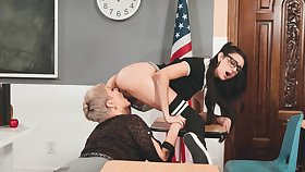 Lesbian teacher Ryan Keely is licking yummy teen get through a disband nearby 69 style pretension