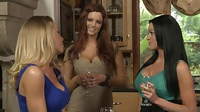Naughty babes cherish pussy adjacent to than dick - Jayden Cole and Nicole Aniston